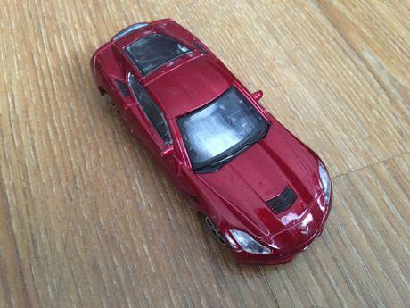 Corvette Stingray '14; Bburago 1:43