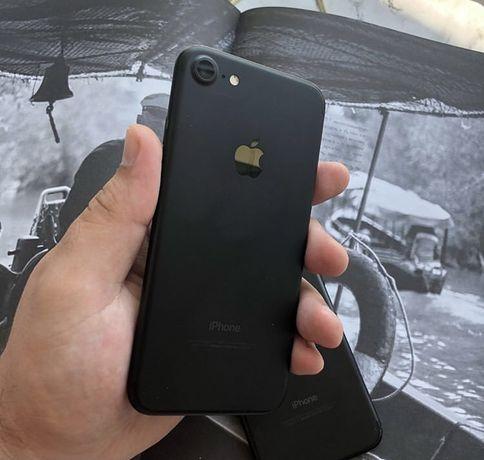 Продам Iphone 7 32 Gb black Neverlock