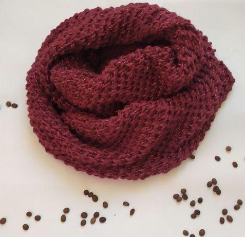 Красный шарф снуд