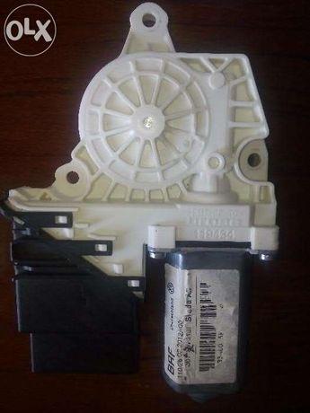 Срочно продам электростеклоподъёмник на Skoda Octavia A5 2012г.в.