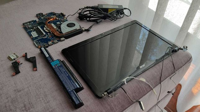 Portátil Acer E1-571G