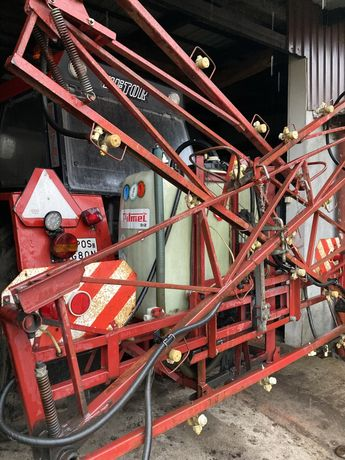 Opryskiwacz 12 metrów hydraulika, oświetlenie