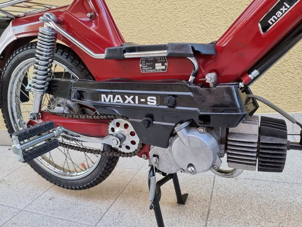 Maxi Puch com Documentos Restaurada com peças da Marca