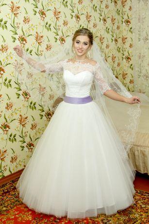 Прекрасное свадебное платье +подарок