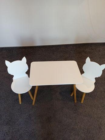 Mebelki dziecię biale - krzeselka liski, stolik prostokątny