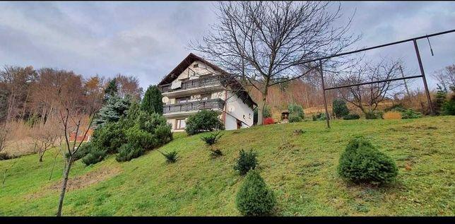 Sprzedam dom w pięknych okolicznościach przyrody.
