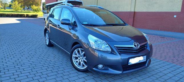 Toyota verso 2.2 diesel rok 2009 polski salon bezwypadkowa ladna zamia