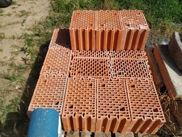 Pustaki Wienerberger Porotherm 25 Dryfix 373x250x249 mm (15 szt.)