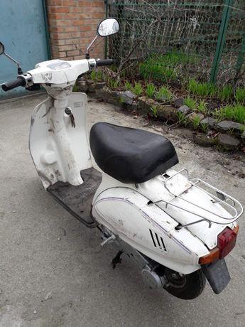 Продам скутер Suzuki