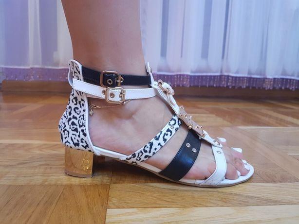 Sandały sandałki płaskie niski obcas białe złote czarne w panterkę 40