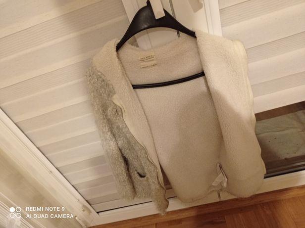 Kurteczka/sweterek
