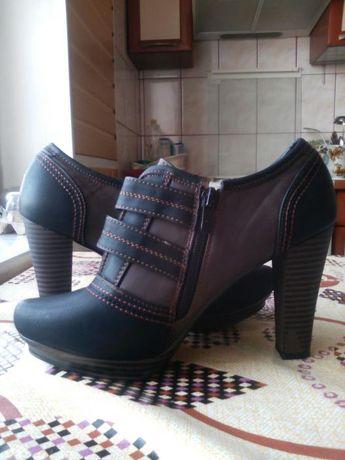 Продам женскую обувь новую