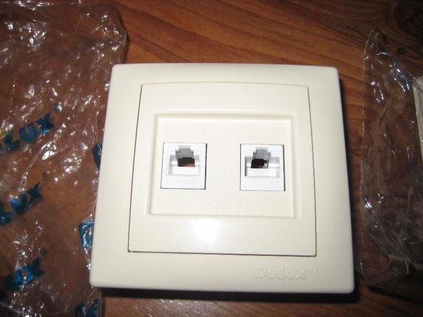 Розетка комбинированная Delux Wega 9135 Кремовая (интернет+телефон)