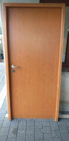 Drzwi z demontażu plus ościeżnica