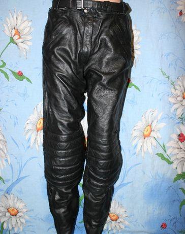 Кожаные штаны Leathers,Takai 42 р,защита Hiprotec