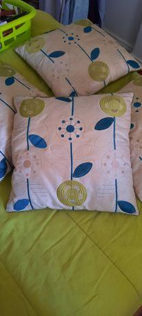 4 almofadas com capa