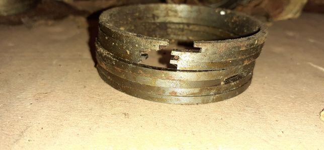 Pierścienie nowe z epoki PRL silnik wsk125 tłokowe prima ŁÓDŹ