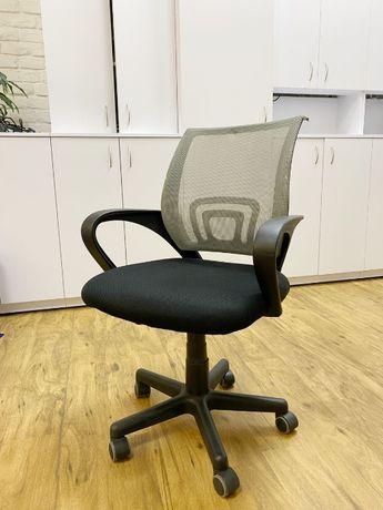 Крісло офісне б/у