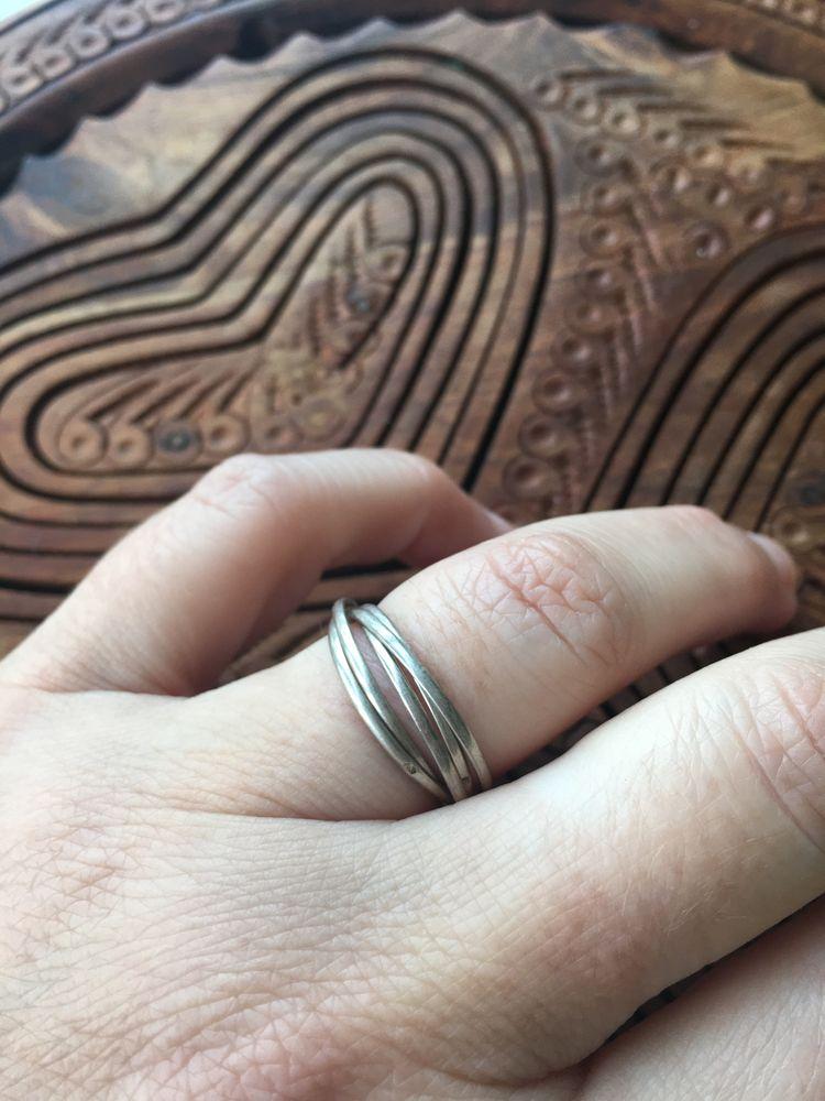 Anel com cinco aros em prata vintage ( portes gratis)