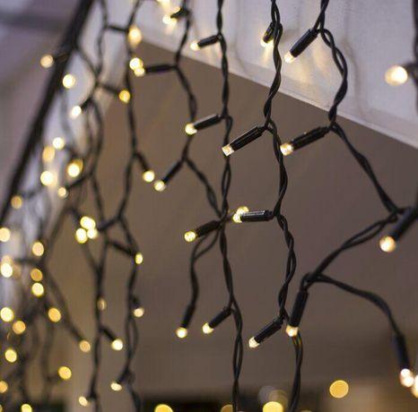 Вулична гирлянда БАХРОМА 100 LED 4,5м*0,7м, чорний каучук 3.3мм, тепли