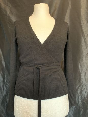 Sweterek sweter bluzka wiązana milutki delikatna tkanina rozciągliwa