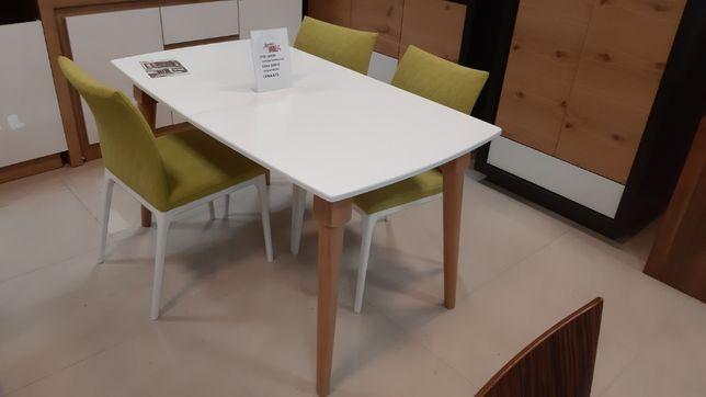 (377) Stół skandynawski + 3x krzesła 1170 zł.