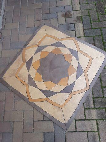 Rozeta podłogowa gres plytki dekoracja