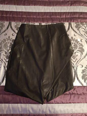 Skórzana spódnica rozmiar 34 za chusteczki nawilżane dla dzieci