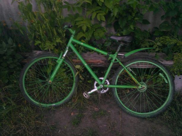 Продам горный велосипед(стрит байк)