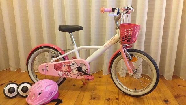Bicicleta de criança c/ acessórios..