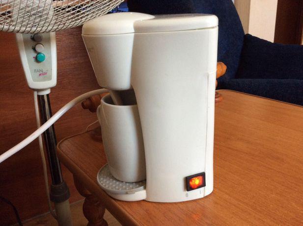 Капельная кофеварка на одну чашку кофе