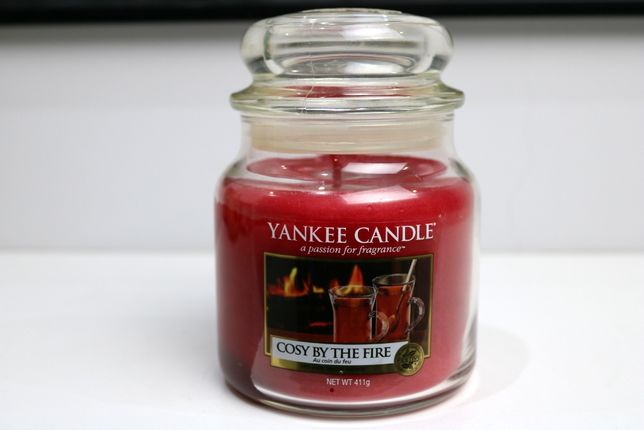 Cosy by the fire Yankee Candle