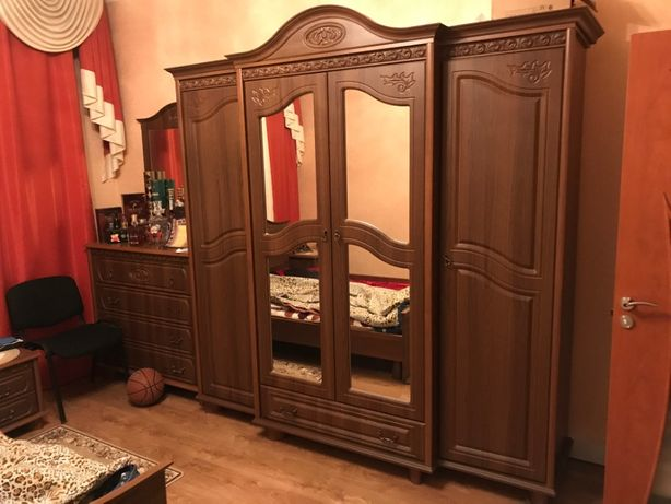 Спальный гарнитур с резьбой