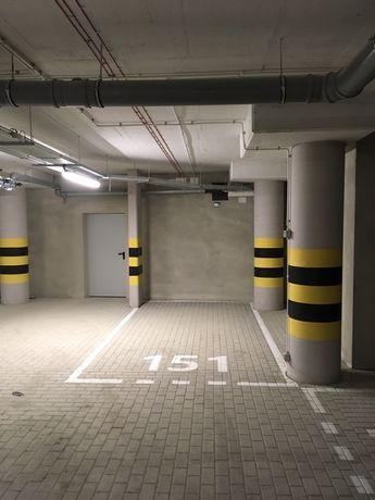 Miejsce postojowe w parkingu podziemnym, garaż, Capital Towers