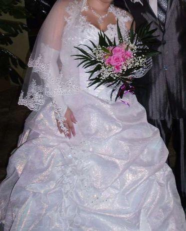 Необычное Свадебное Платье!