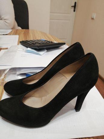 Туфли. Натуральные замшевые