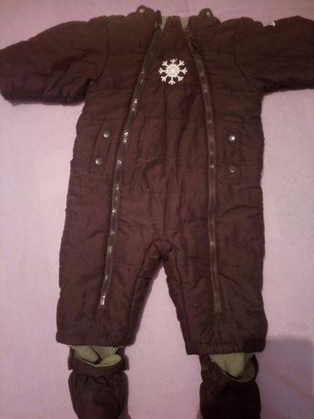 Теплий комбінезон для дитини на осінь-зиму