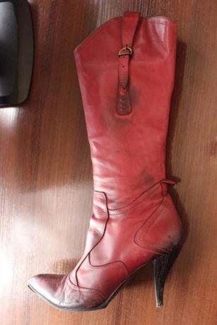 Продам женские кожаные сапоги (Италия)