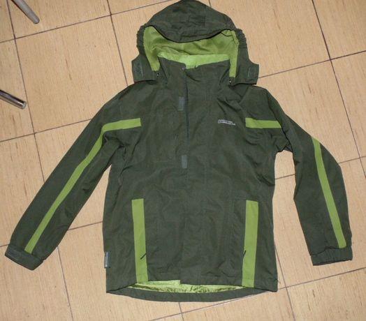 Продам куртку MAUNTAIN WAREHOUSE на мальчика 11-12 лет