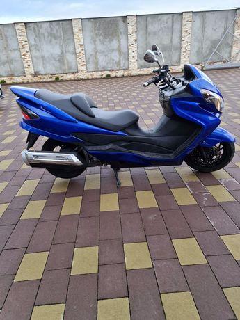 Скутер Suzuki 250 первая регистрация в 2020 г свежозагнан