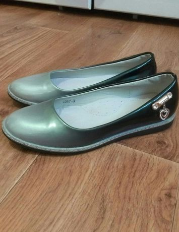 Туфли туфлі для дівчинки