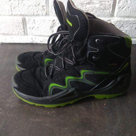 ботинки черевички Lowa кроссовки