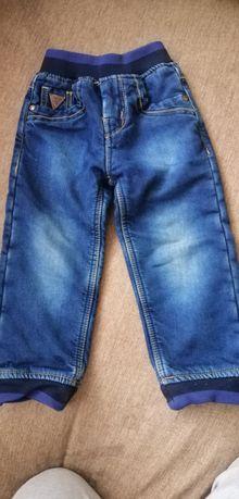 Теплые джинсы 92 р для мальчика