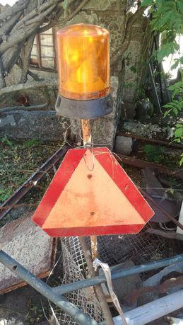 Luz laranja sinalizaçao