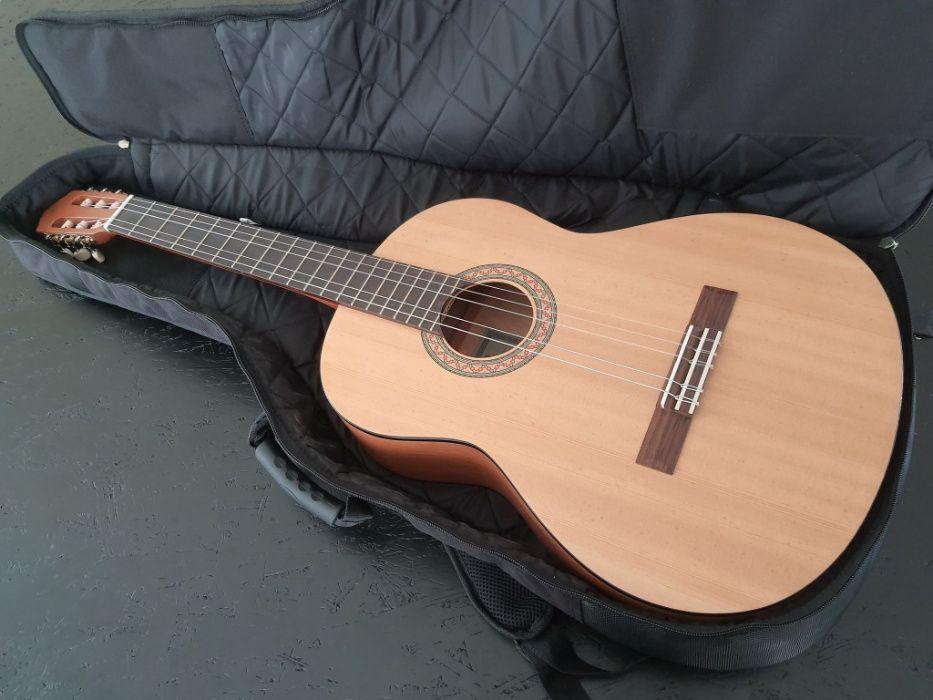 Gitara YAMAHAC30M, BOSSTU-80-Tuner chromatyczny, Pokrowiec JAEGER Paczkowo - image 1