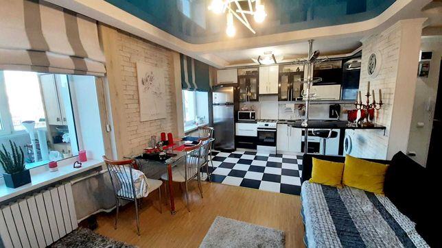 Продаётся трехкомнатная квартира 65 кв. м на Фрунзе