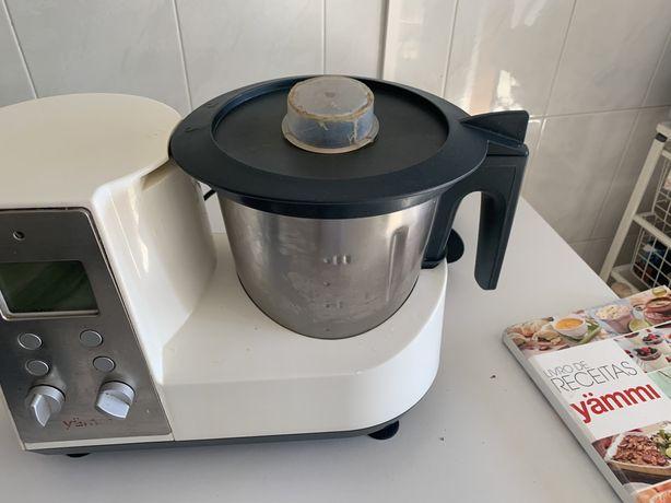 Yammi 1 robo de cozinha