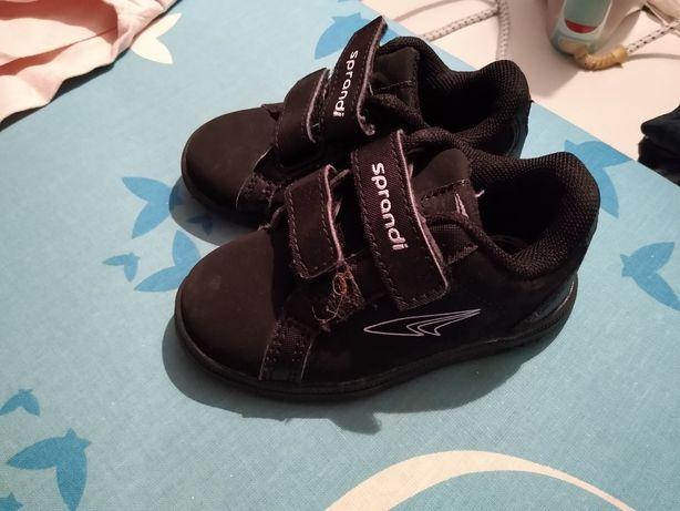 Dziecięce buty sportowe Sprandi r. 23
