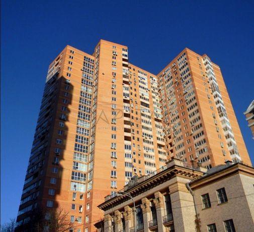 Продам 4-комнатную квартиру в центре Киева, ул.Деловая, 130м2