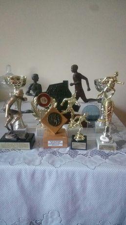 Puchary z imprez biegowych